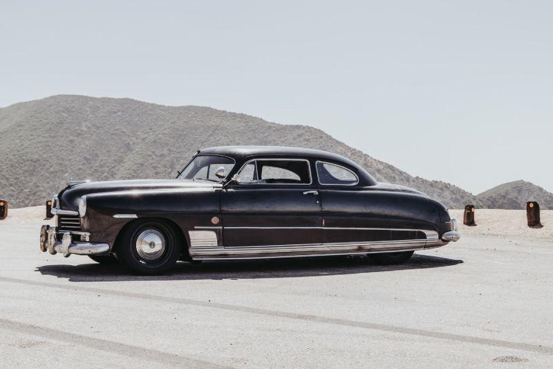 https: img-z.okeinfo.net content 2019 08 19 312 2093945 modifikasi-mobil-klasik-produksi-1949-miliki-tenaga-hingga-638-hp-bRto8EfBaJ.jpg