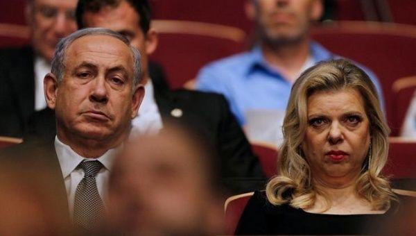 https: img-z.okeinfo.net content 2019 08 20 18 2094218 istri-pm-israel-berusaha-masuk-kokpit-pesawat-karena-marah-tak-disapa-pilot-asdgsNJ08e.jpg