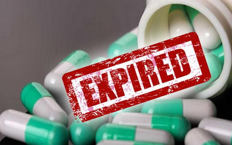https: img-z.okeinfo.net content 2019 08 23 338 2095891 polisi-nilai-apoteker-lalai-berikan-obat-kadaluarsa-kepada-ibu-hamil-C1k7Lc4hok.jpg