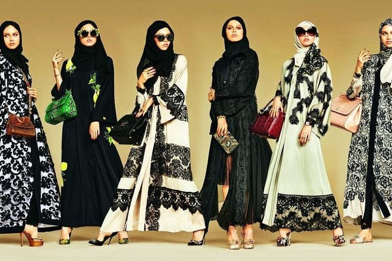 https: img-z.okeinfo.net content 2019 08 26 194 2096548 terlalu-banyak-fashion-week-di-jakarta-desainer-mulai-blusukan-ke-daerah-31iPpD9Rud.jpg