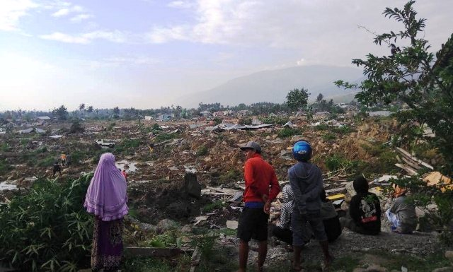 https: img-z.okeinfo.net content 2019 08 26 337 2096664 wagub-sulteng-korban-gempa-tsunami-palu-butuh-hunian-tetap-wQyQm9QmEC.jpg
