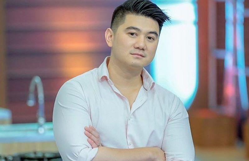 https: img-z.okeinfo.net content 2019 08 29 612 2098101 cara-bijak-chef-arnold-tanggapi-komentar-rasis-netizen-lempar-penggorengan-aja-fCu1OQYv2Q.jpg