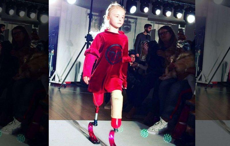 https: img-z.okeinfo.net content 2019 09 01 194 2099263 daisy-may-model-disabilitas-cilik-pertama-yang-tampil-di-new-york-fashion-week-w5etgGtWpa.jpg