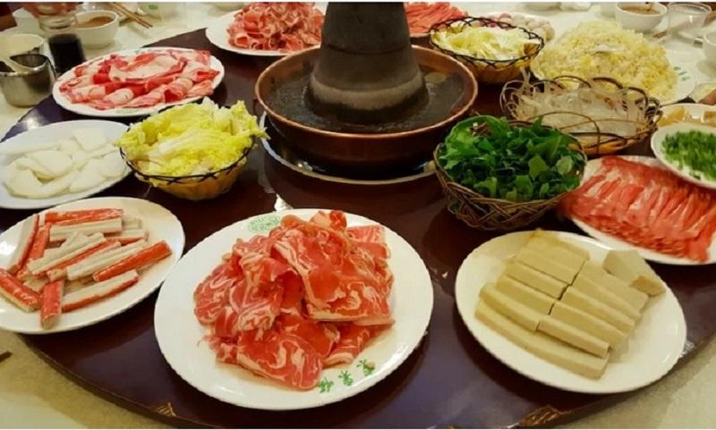 https: img-z.okeinfo.net content 2019 09 03 615 2100131 5-rekomendasi-restoran-halal-di-beijing-traveler-muslim-wajib-coba-7qAR68Rcis.jpg