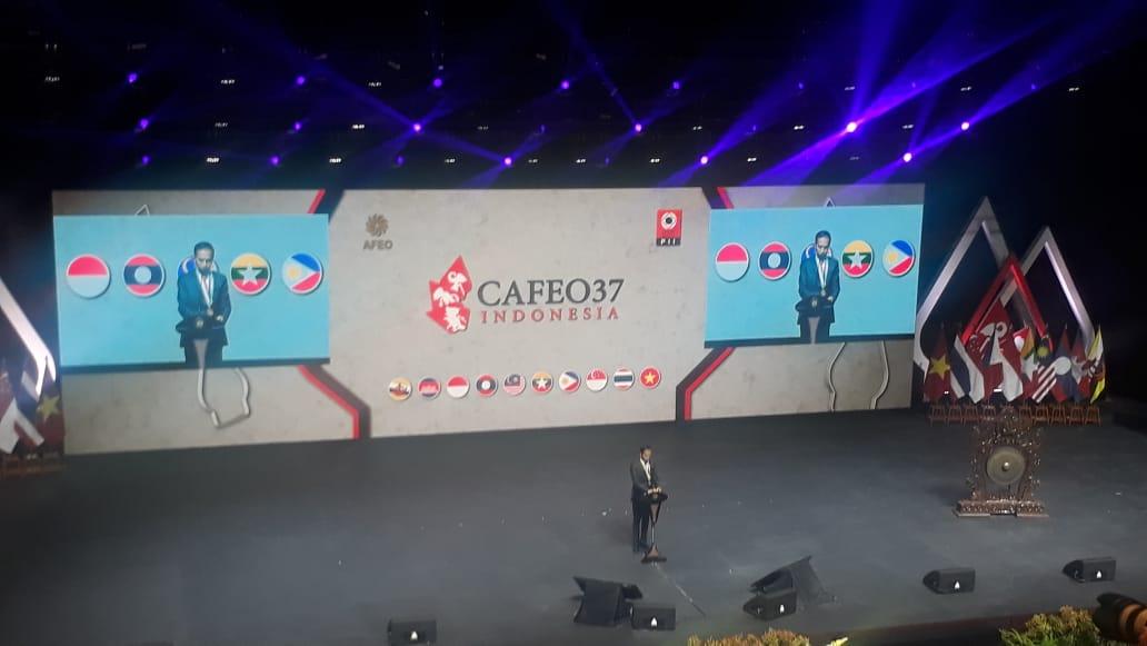 https: img-z.okeinfo.net content 2019 09 11 65 2103368 buka-konferensi-insinyur-se-asean-presiden-kita-semua-sahabat-nJeWxidCpH.jpeg