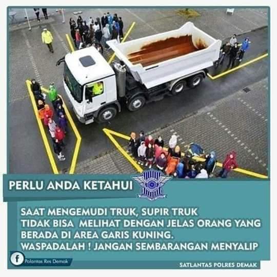https: img-z.okeinfo.net content 2019 09 11 87 2103291 kenali-area-blind-spot-pada-truk-yang-tak-terjangkau-pengemudi-ZvHf4BwVX5.jpg