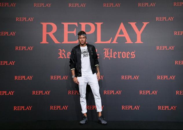https: img-z.okeinfo.net content 2019 09 12 51 2103985 neymar-gagal-gabung-barcelona-messi-tidak-masalah-aWsoYPcV6b.jpg