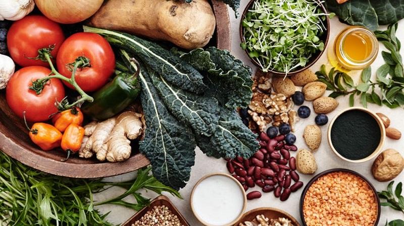 https: img-z.okeinfo.net content 2019 09 13 298 2104474 pola-makan-sehat-yang-bisa-selamatkan-bumi-dari-kerusakan-BC1iXjD8tZ.jpg