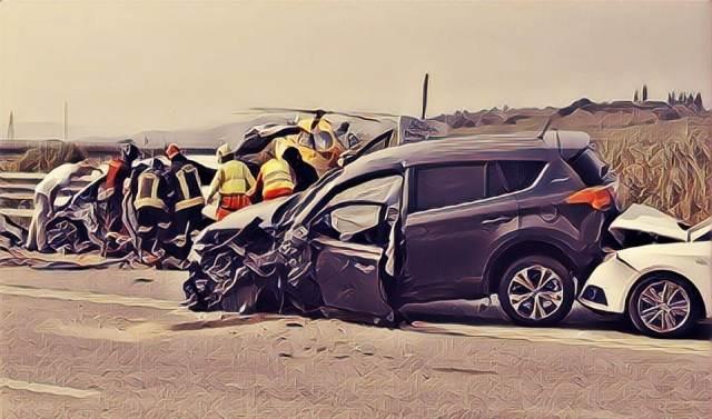 https: img-z.okeinfo.net content 2019 09 15 338 2105066 daftar-nama-nama-korban-kecelakaan-di-tol-jagorawi-N6zukakc3h.jpg