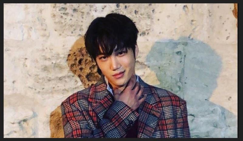 https: img-z.okeinfo.net content 2019 09 16 194 2105415 stylish-dan-tampan-kai-exo-resmi-jadi-model-gucci-pertama-dari-korea-AYlbaAwx6d.jpg