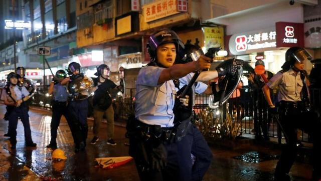 https: img-z.okeinfo.net content 2019 09 20 18 2107462 amnesty-international-sebut-polisi-hong-kong-lakukan-penyiksaan-saat-tangani-protes-BKMRnvsl6Y.jpg