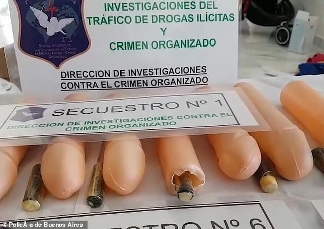https: img-z.okeinfo.net content 2019 09 21 18 2107664 pengedar-narkoba-ini-seleundupkan-kokain-melalui-penis-plastik-FKgr2J0isn.jpg
