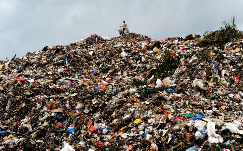 https: img-z.okeinfo.net content 2019 09 23 340 2108391 kurangi-limbah-plastik-warga-aceh-barat-kumpulkan-1-9-ton-sampah-LeL8tTGpwd.jpg