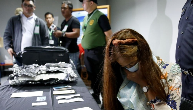 https: img-z.okeinfo.net content 2019 10 08 18 2114136 wanita-indonesia-tertangkap-bawa-narkoba-senilai-rp54-juta-di-filipina-BFQN0lG0I3.jpg