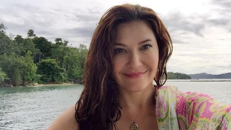 https: img-z.okeinfo.net content 2019 10 08 33 2114129 pakai-bikini-tamara-bleszynski-dapat-gelar-payudara-terindah-OE0fsJB0ri.jpg
