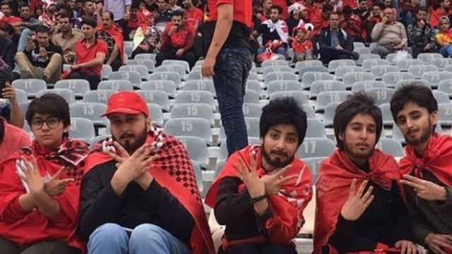 https: img-z.okeinfo.net content 2019 10 09 18 2114721 setelah-40-tahun-perempuan-iran-diizinkan-masuk-stadion-sepak-bola-JKkvXKNbcy.jpg