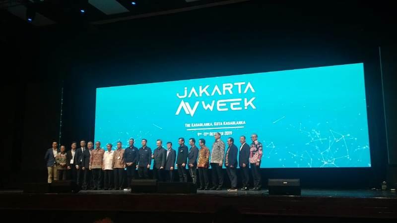 https: img-z.okeinfo.net content 2019 10 09 207 2114771 resmi-digelar-jakarta-av-week-dorong-perkembangan-industri-audio-visual-czUIJbS1Du.jpg
