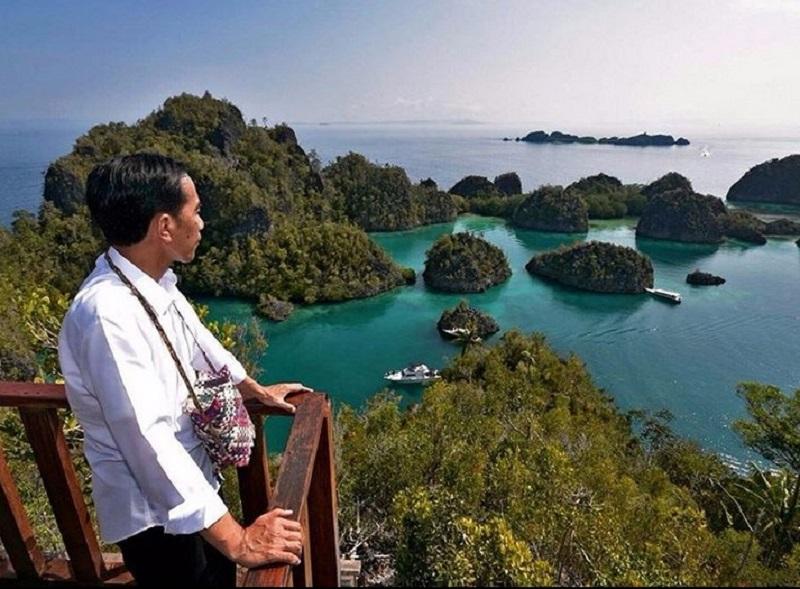 https: img-z.okeinfo.net content 2019 10 09 406 2114910 pakar-pariwisata-potensi-wisata-indonesia-hanya-sekadar-political-words-6YtbYvUM6k.jpg
