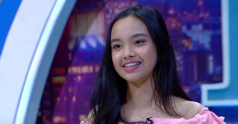 https: img-z.okeinfo.net content 2019 10 09 598 2114798 lyodra-tampilkan-teknik-whistle-juri-indonesian-idol-2019-menyerah-DmZ4KReeew.jpg