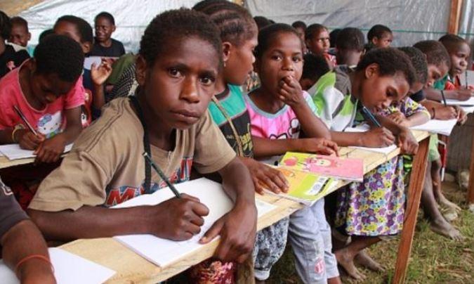 https: img-z.okeinfo.net content 2019 10 10 337 2115009 sekolah-di-wamena-fokus-pemulihan-trauma-siswa-pasca-kerusuhan-YUIxLPr4gc.JPG