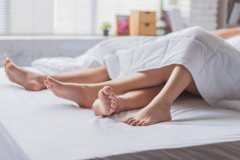 https: img-z.okeinfo.net content 2019 10 15 485 2117305 ladies-buang-5-pikiran-buruk-ini-sebelum-seks-malam-pertama-0mYh9cVIay.jpg