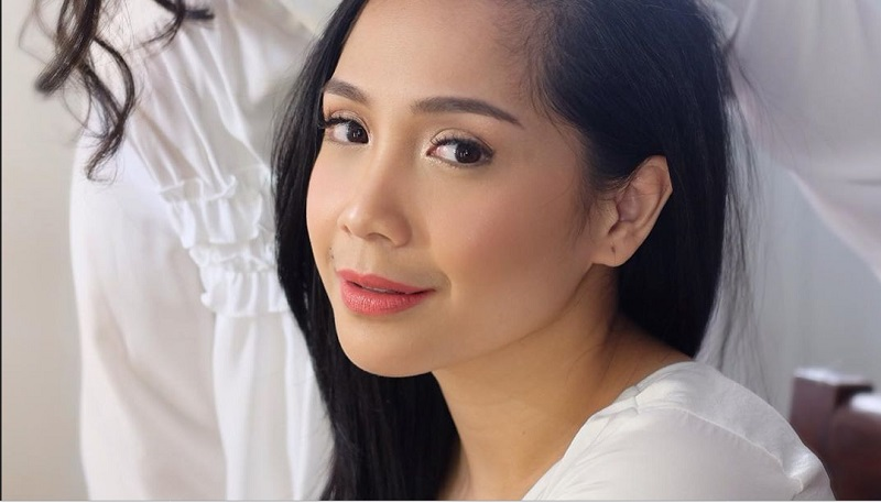 https: img-z.okeinfo.net content 2019 10 15 611 2117307 makeup-flawless-ala-nagita-slavina-cantiknya-natural-HjTbVAbud5.jpg