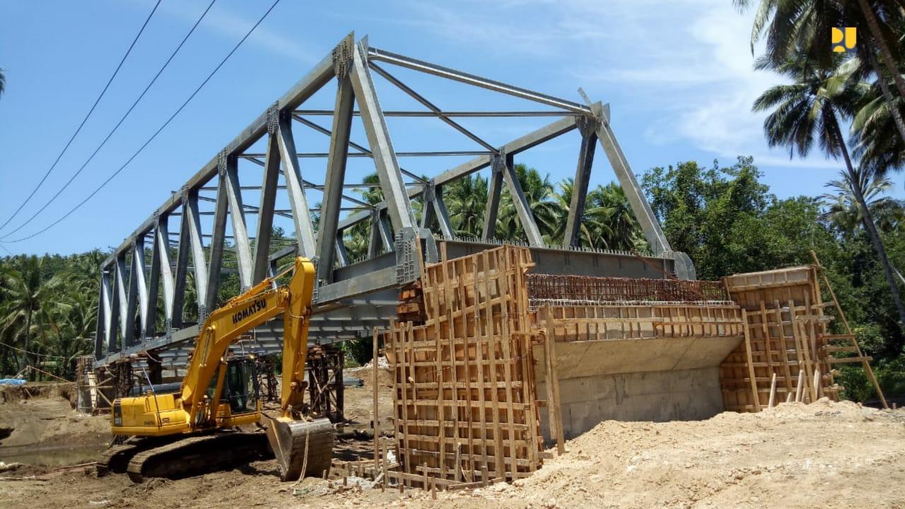 https: img-z.okeinfo.net content 2019 10 16 320 2117814 pembangunan-6-jembatan-dan-jalan-lingkar-morotai-dilanjutkan-OIvuaPrVW2.jpg