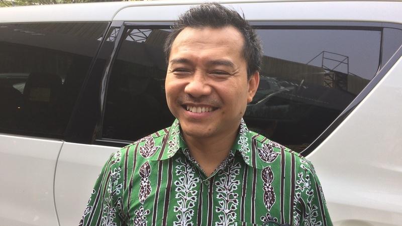 https: img-z.okeinfo.net content 2019 10 16 33 2117511 hot-gosip-tetangga-anang-ikut-indonesian-idol-hingga-kasus-jeremy-thomas-J4YjSr5UGX.jpg