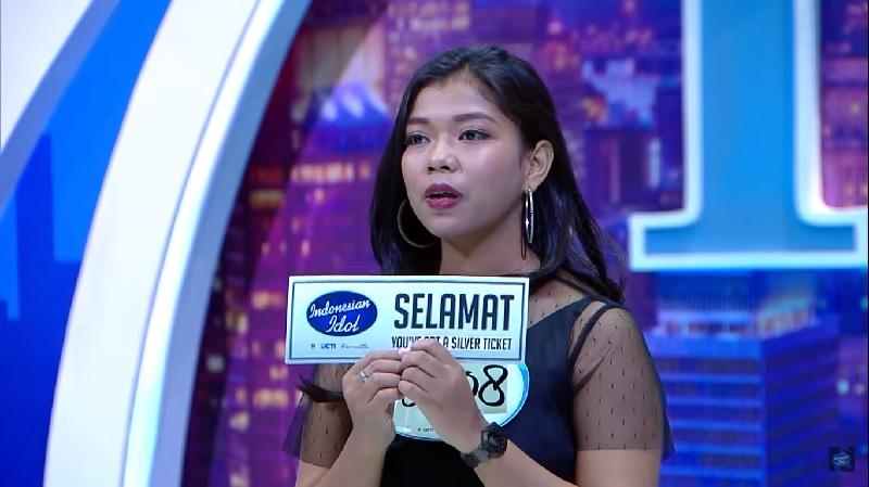 https: img-z.okeinfo.net content 2019 10 16 598 2117909 demi-lolos-indonesian-idol-2019-ainun-latihan-bak-spartan-KDNfOQhjmf.jpg
