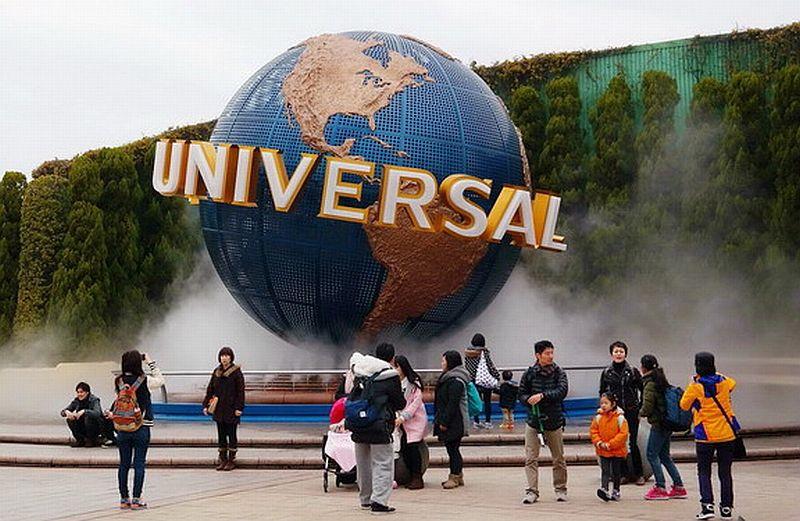 https: img-z.okeinfo.net content 2019 10 18 320 2118680 universal-studios-gaet-alibaba-demi-kalahkan-disney-china-8tdvvMFsna.jpg