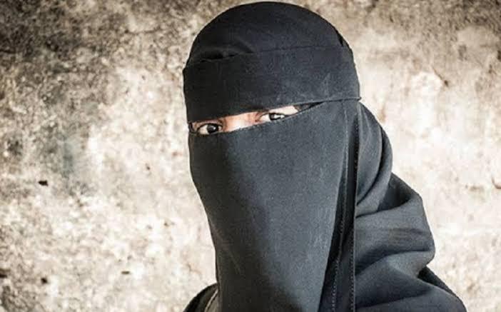 https: img-z.okeinfo.net content 2019 10 18 337 2118869 mui-cross-hijabers-bisa-bermuatan-politis-b3B9Dw6JGK.jpg