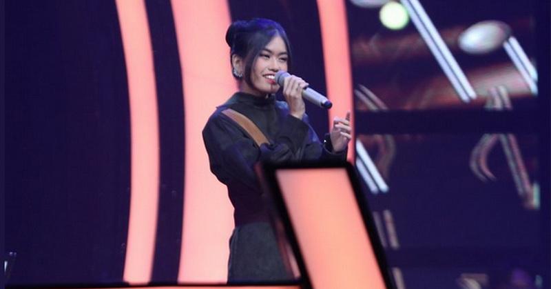 https: img-z.okeinfo.net content 2019 10 18 598 2118921 putri-alya-rohali-tersisih-di-the-voice-indonesia-2019-RrRLtyQt4r.jpg