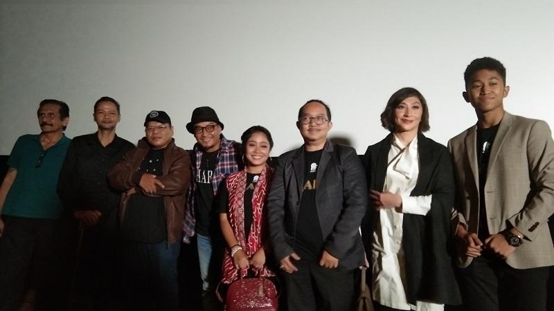 https: img-z.okeinfo.net content 2019 10 20 206 2119347 film-drama-religi-zharfa-siap-tayang-di-indonesia-dan-malaysia-ZCZ5fPQf4u.jpg
