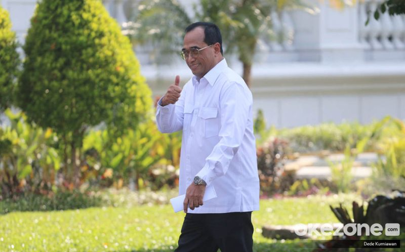https: img-z.okeinfo.net content 2019 10 22 320 2120325 budi-karya-presiden-jokowi-minta-saya-lanjut-jadi-menhub-aCKFeKhw2U.jpg