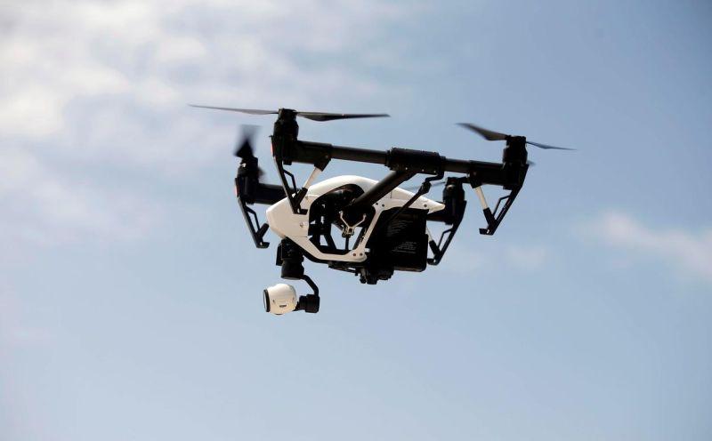 https: img-z.okeinfo.net content 2019 10 22 320 2120372 gunakan-drone-harus-izin-kemenhub-ini-penjelasannya-5BZ7ptv3tJ.jpg