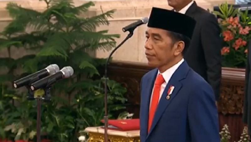 https: img-z.okeinfo.net content 2019 10 23 320 2120613 catat-ini-pesan-jokowi-ke-19-menteri-ekonomi-kabinet-indonesia-maju-9TQy39GTem.jpeg