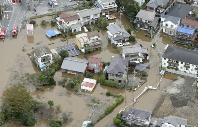https: img-z.okeinfo.net content 2019 10 26 18 2122086 banjir-dan-longsor-di-jepang-menewaskan-10-orang-7miY5sWHqp.jpg