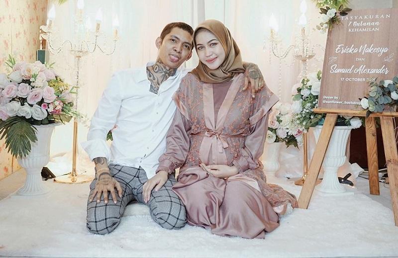 https: img-z.okeinfo.net content 2019 10 29 33 2122998 4-fakta-menarik-pernikahan-young-lex-dan-eriska-nakesya-I7pkpa2T6M.jpg