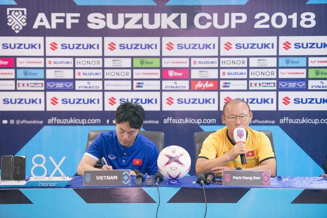 https: img-z.okeinfo.net content 2019 10 30 51 2123688 bertemu-indonesia-pelatih-timnas-vietnam-u-22-keluhkan-jadwal-sea-games-2019-KutmqqK3Yu.jpg
