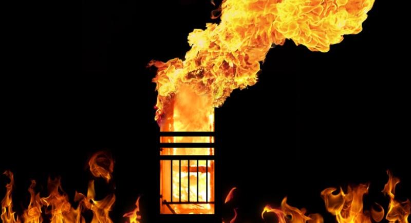 https: img-z.okeinfo.net content 2019 10 31 18 2124044 sedikitnya-10-tewas-dalam-kebakaran-kereta-di-pakistan-urLRwegBa5.jpg