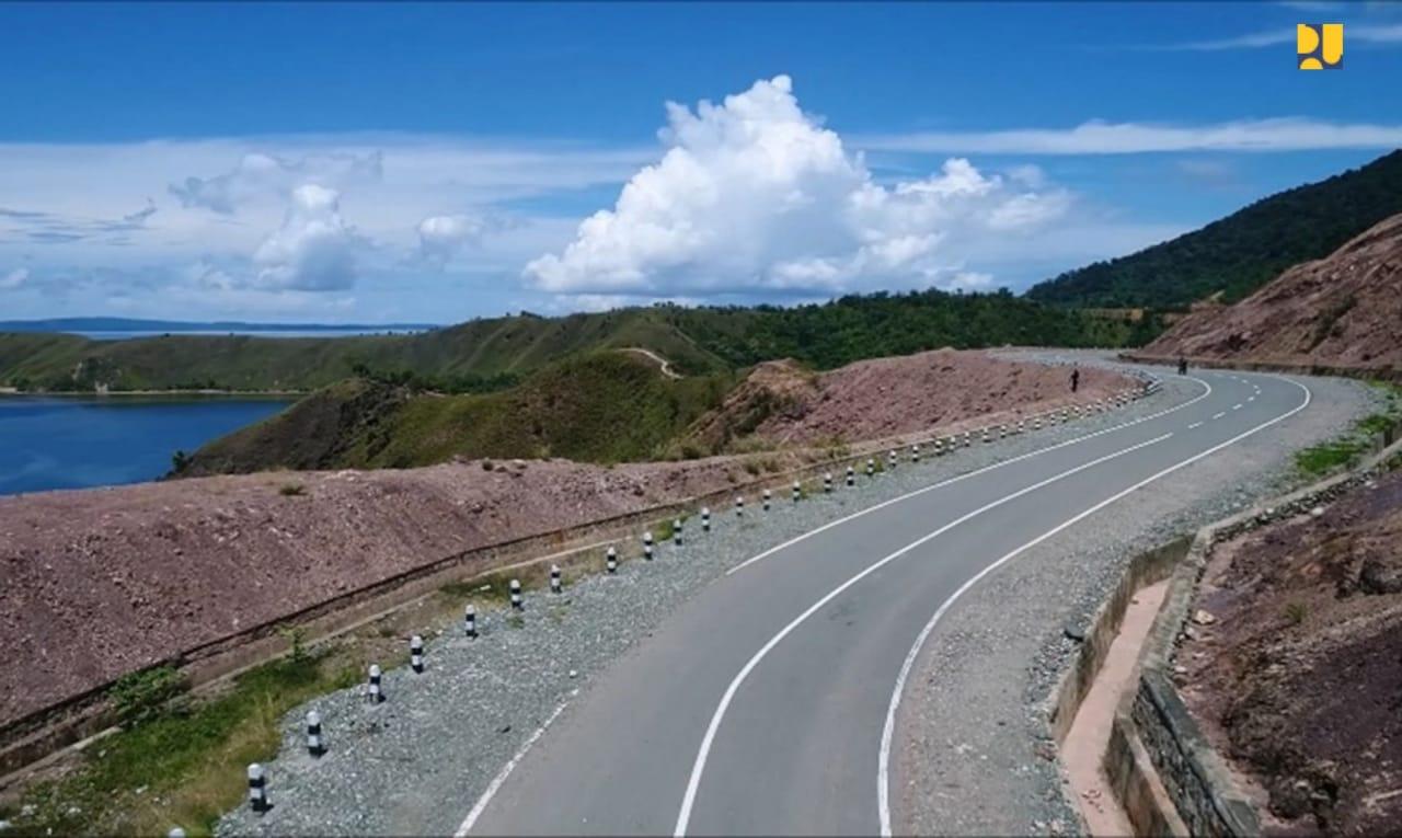 https: img-z.okeinfo.net content 2019 11 02 320 2124887 fakta-pembangunan-infrastruktur-papua-dari-10-bandara-baru-hingga-pegunungan-arfak-79uhISjMeA.jpeg
