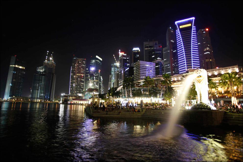 https: img-z.okeinfo.net content 2019 11 03 320 2125164 daftar-orang-terkaya-di-dunia-1-nya-dari-singapura-0uyYwv5VDF.png