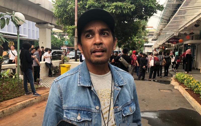 https: img-z.okeinfo.net content 2019 11 06 406 2126640 glenn-fredly-berharap-wishnutama-mampu-kembangkan-ekonomi-kreatif-indonesia-OMwZ04mxI4.jpeg