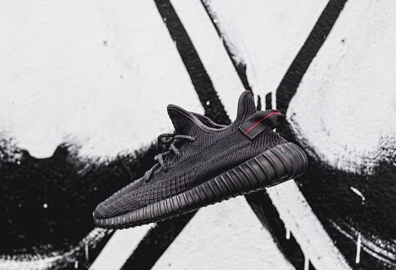 https: img-z.okeinfo.net content 2019 11 08 194 2127623 urban-sneakers-society-2019-sepatu-limited-rp4-jutaan-masih-jadi-buruan-NMjghhuVtD.jpg