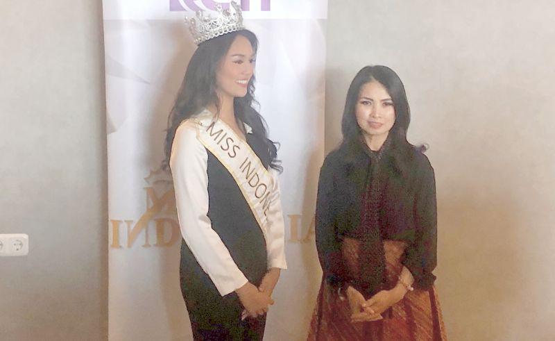 https: img-z.okeinfo.net content 2019 11 08 612 2127343 liliana-tanoesoedibjo-bangga-miss-indonesia-jadi-perpanjangan-tangan-tuhan-bantu-sesama-1G2YAUkn0J.jpg