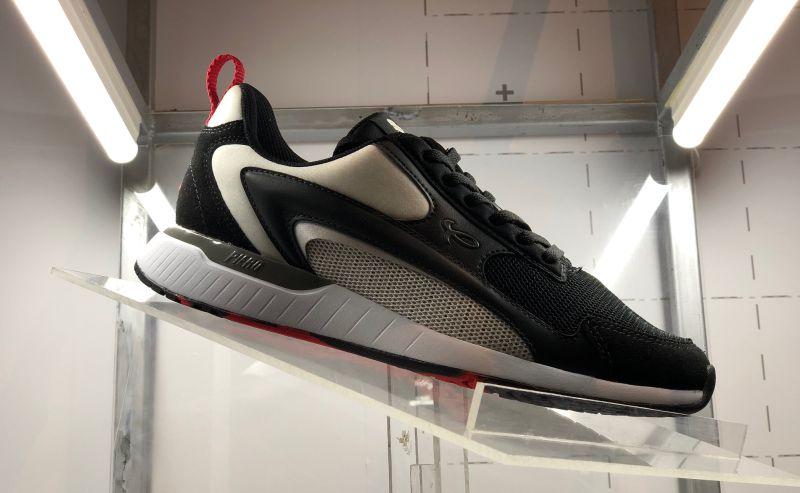 https: img-z.okeinfo.net content 2019 11 08 612 2127606 urban-sneakers-society-2019-ajang-bangkitnya-produk-lokal-O7rrHhUHoP.jpg