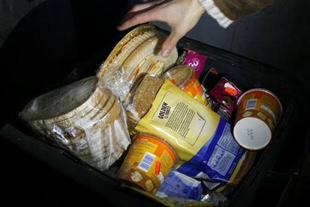 https: img-z.okeinfo.net content 2019 11 09 18 2127787 mengapa-mengambil-makanan-sisa-bisa-kena-denda-di-jerman-1uGKiRTFmr.jpg