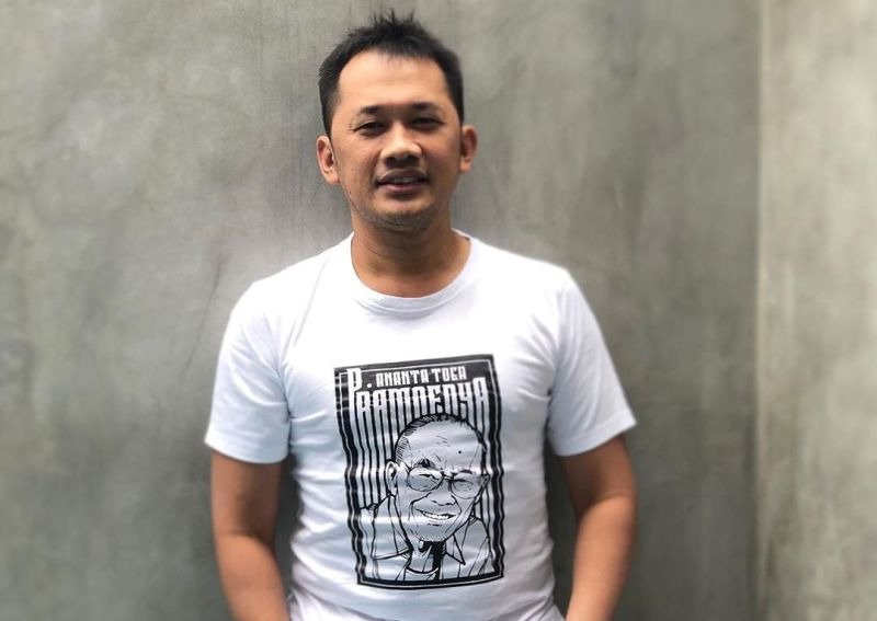 https: img-z.okeinfo.net content 2019 11 10 33 2128070 hanung-bramantyo-beberkan-kisah-pilu-bersama-putra-sulung-1hYJwYCTDD.jpg