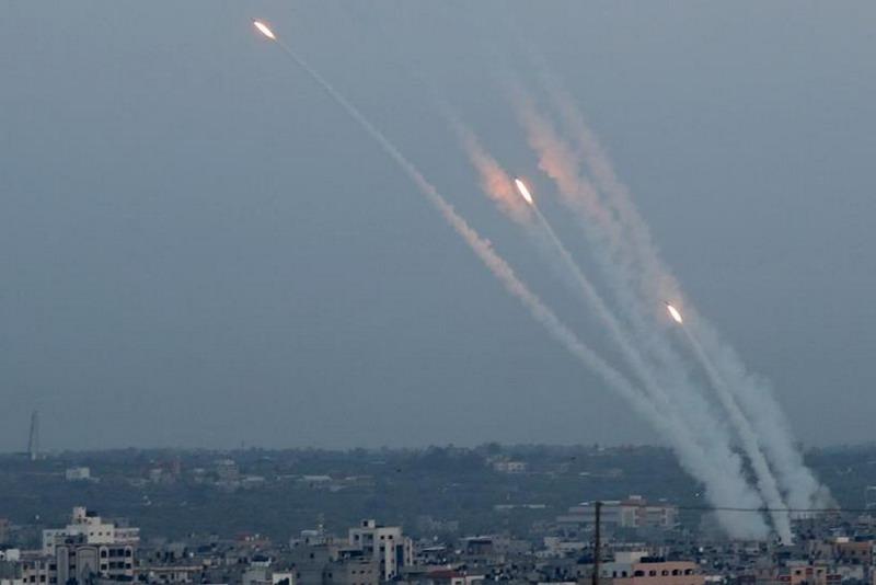 https: img-z.okeinfo.net content 2019 11 13 18 2129290 komandannya-tewas-dibunuh-militan-palestina-hujani-israel-dengan-roket-qYBGpXqeb5.jpg