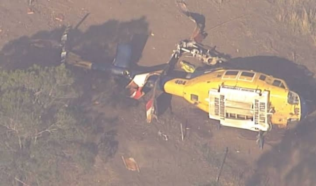 https: img-z.okeinfo.net content 2019 11 13 18 2129521 helikopter-jatuh-saat-padamkan-kebakaran-hutan-australia-H49X01zy4A.jpg